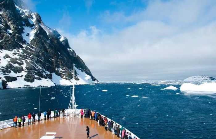 Crazy Facts About Cruise Ships That Are Completely Insane (20 pics)