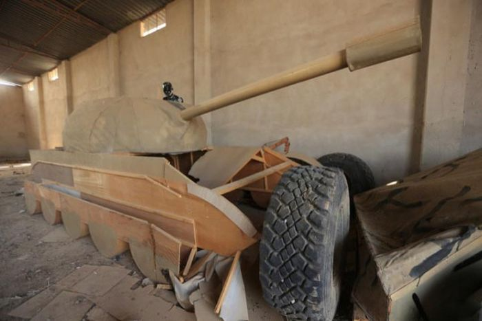 Vehicles In Mosul (5 pics)