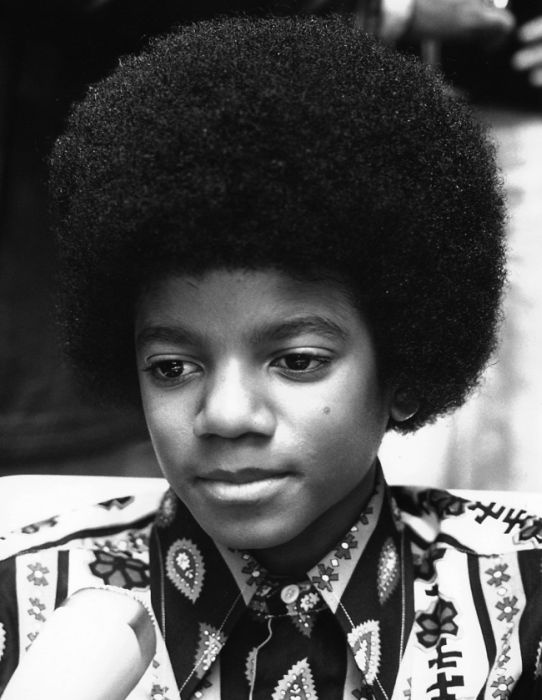 What Michael Jackson Would Have Looked Like If He Never Changed His Face (9 pics)