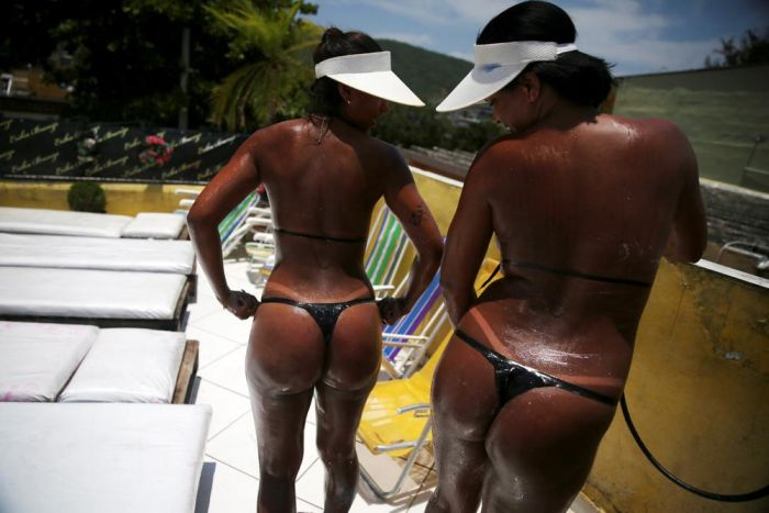 Bikini Tape Is All The Rage In Brazil Right Now (17 pics)