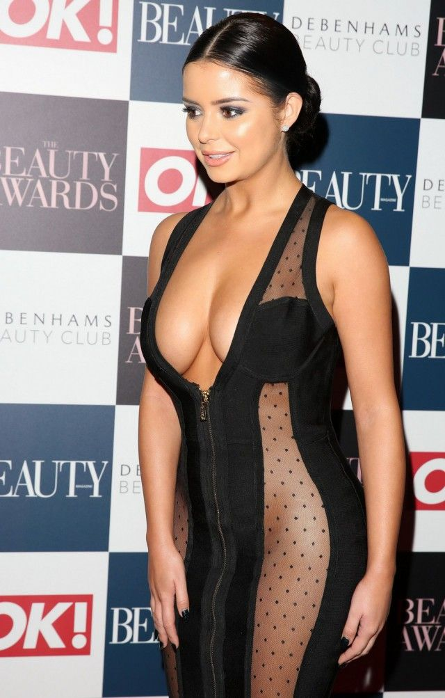 Demi Rose Stuns Everyone With Her Hot Outfit At The Beauty Awards (9 pics)