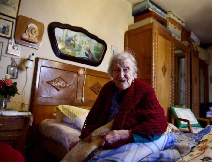 Last Woman Born In The 1800s Celebrates Her 117th Birthday (3 pics)