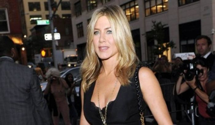 Surprising Facts You Probably Didn't Know About Jennifer Aniston (25 pics)
