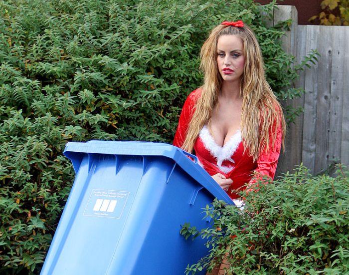 My Big Fat Gypsy Wedding Star Danielle Mason Flashes Her Butt For The Camera (7 pics)