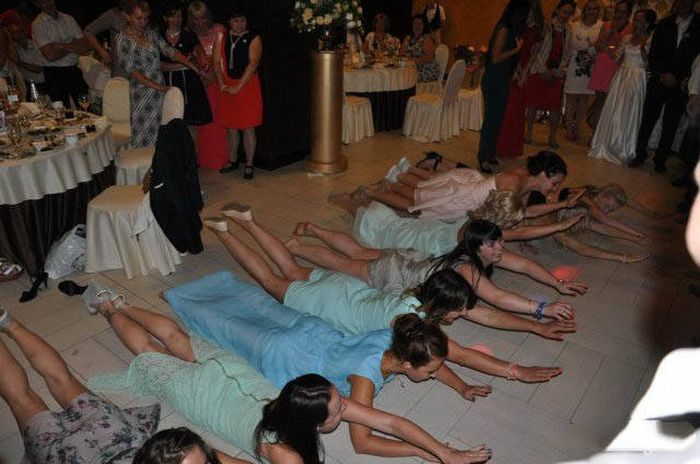 Amusing Wedding Pictures That Captured A Really Good Time (52 pics)