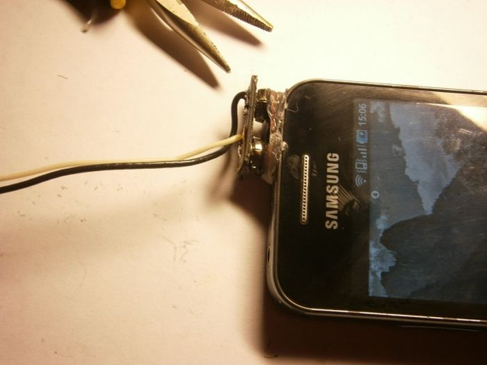 How To Make A DIY Phone Charger (18 pics)