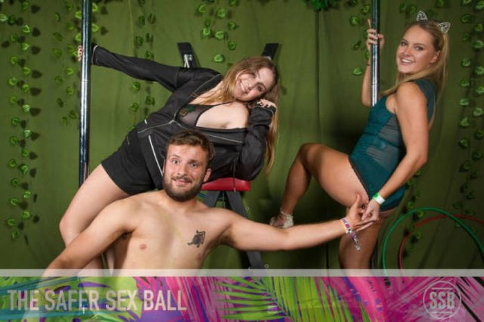 Students Get Wild During The Safer Sex Ball (40 pics)