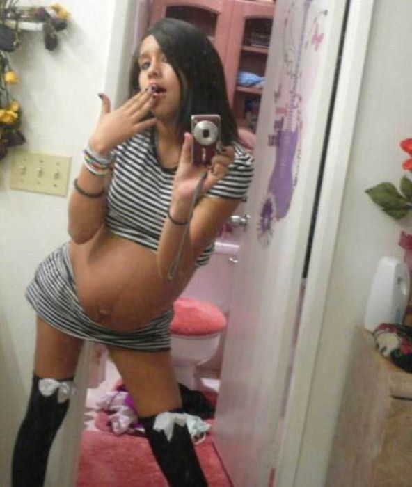 Inappropriate And Tasteless Selfies That Will Make You Cringe (16 pics)