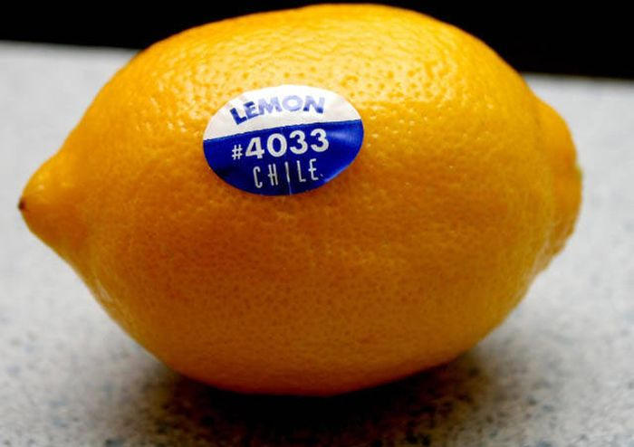 You'll Be Shocked When You Find Out How Much Info Is In Fruit Stickers (4 pics)