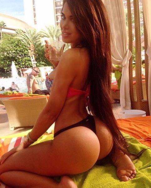A Beautiful Collection Of Butts That Will Make Your Jaw Drop (52 pics)