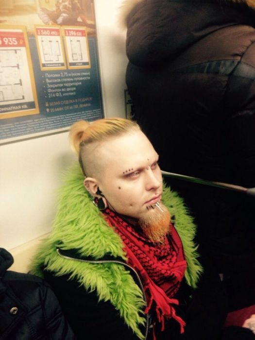 You Can See Some Strange Things While Riding The Subway In Russia (32 pics)