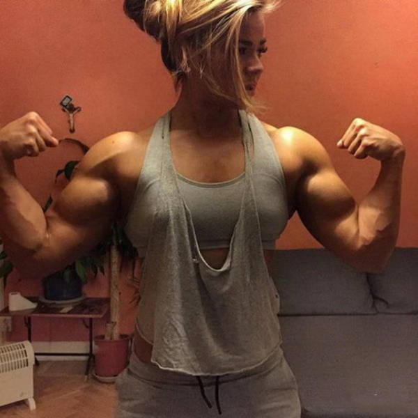 Ripped Girls That Could Definitely Beat You Up (42 pics)