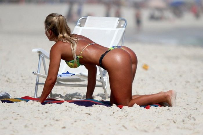 Sexy Girls From Brazil Who Know How To Turn Up The Heat (36 pics)