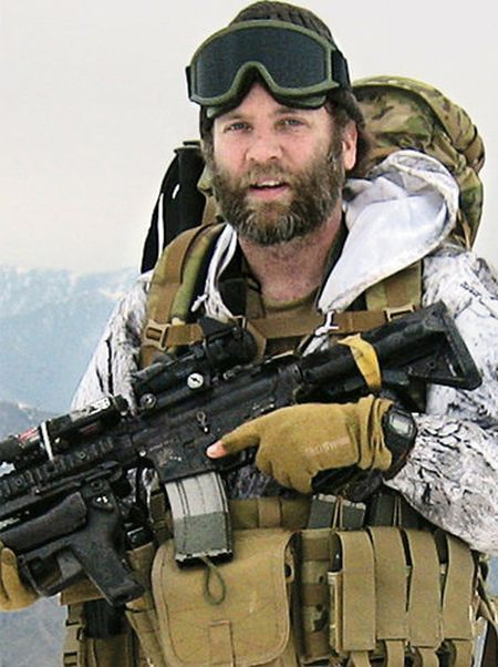 Former Nirvana And Soundgarden Guitarist Jason Everman Is Now A War Hero (2 pics)