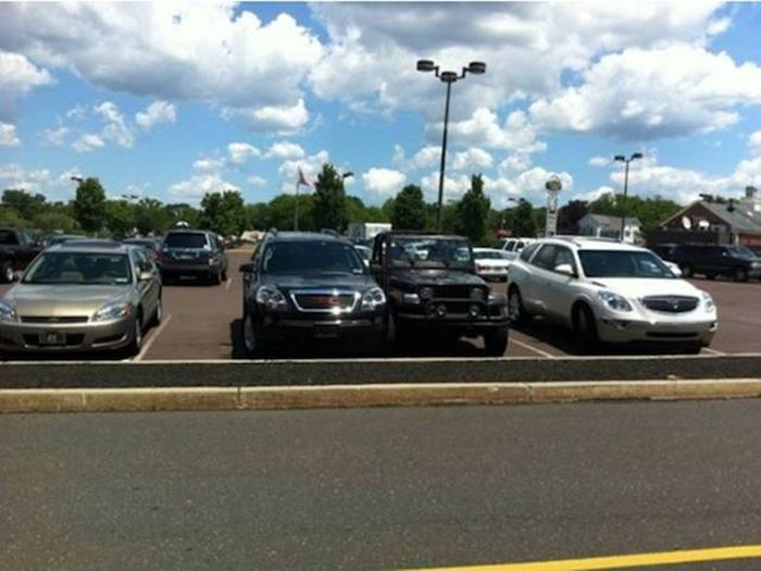 People Who Don't Know How To Park Get A Healthy Dose Of Sweet Revenge (30 pics)