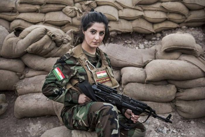 Meet Joanna Palani, A Kurdish Crusader Who Is Committed To Fighting ISIS (9 pics)