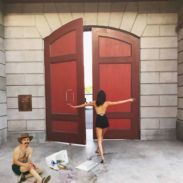 Guy Photoshops Himself Into Hilarious Photos With Kendall Jenner (60 pics)