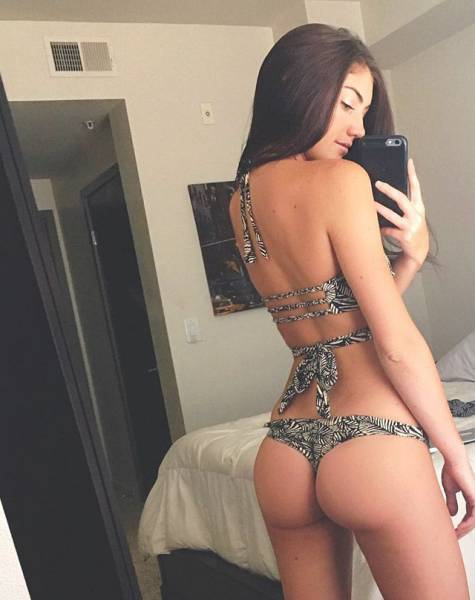 There's Nothing Better Than Beautiful Girls Who Rock Great Butts (58 pics)