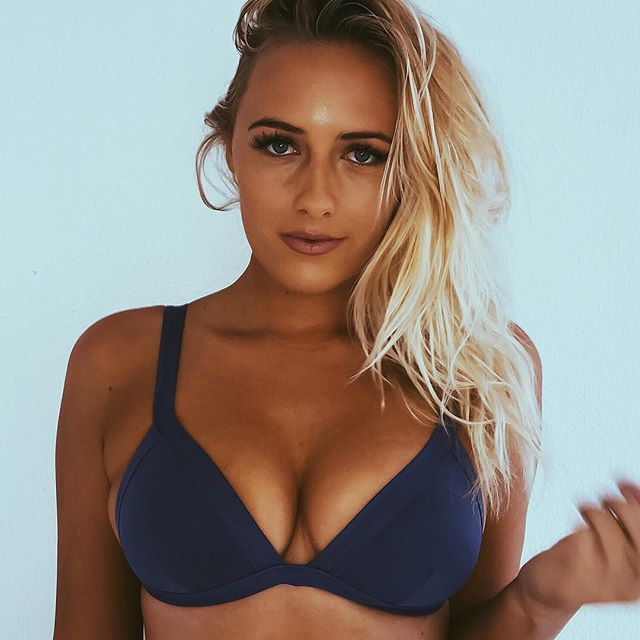 Why You Need To Follow Ellie-Jean Coffey On Instagram (44 pics)