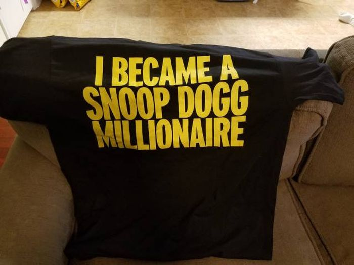 Snoop Dogg Hooked His Reddit Secret Santa Up With Some Goodies (10 pics)