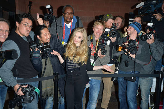 These Celebs Aren't Shy In Front Of The Paparazzi (49 pics)