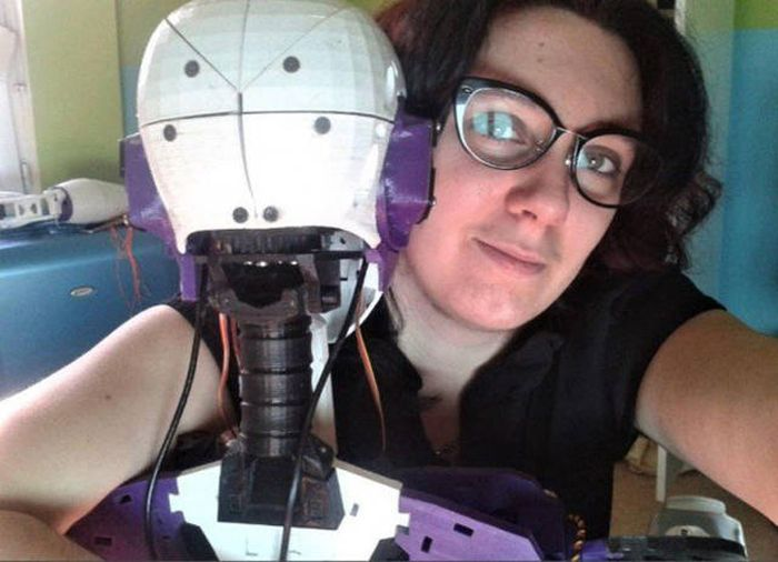 Loving Relationships Between Humans And Robots Are Becoming A Reality (7 pics)