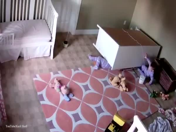 Incredible Moment A Two Year Old Utah Boy Saves His Twin Brother From Being Crushed Beneath A Fallen Dresser