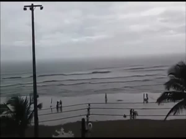 Woman Get Struck By Lightning At The Beach