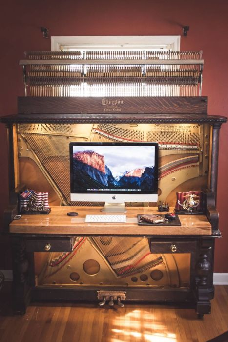 Guy Converts 1907 Upright Piano Into A Luxurious Desk (15 pics)