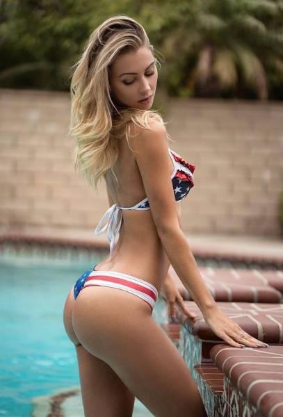 You bikini babe heaven I'd love