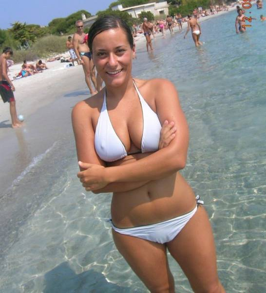 Sexy Babes Who Were Sent From Bikini Heaven (60 pics)