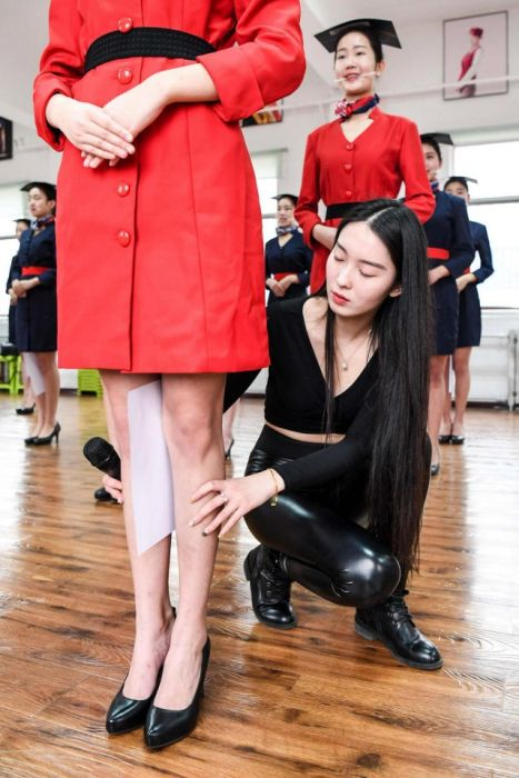 How To Become A Flight Attendant In China (8 pics)