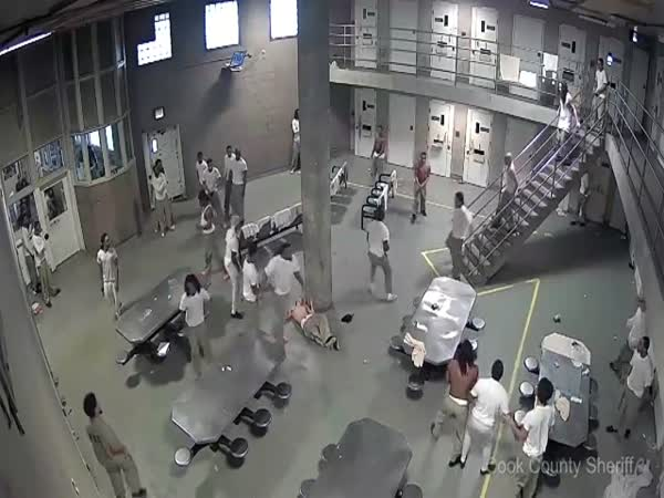 Chicago Inmates Hospitalized After Brawl At Maximum Security Cook County Jail