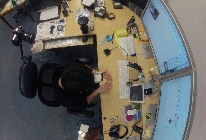 Man Shows Off His Custom Camera Angles (25 pics)