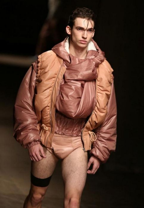 Men's Fashion Can Be Pretty Weird Sometimes (24 pics)