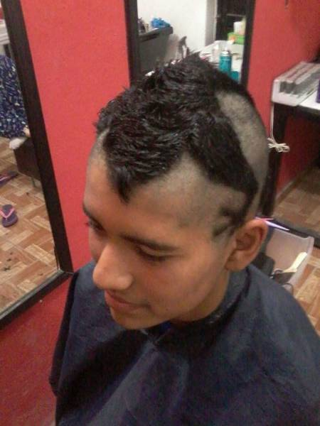 You Can Tell A Lot About Somebody By Looking At Their Haircut (37 pics)