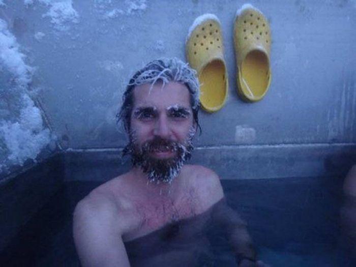 Random Hilarious Photos Of Men Being Men (34 pics)