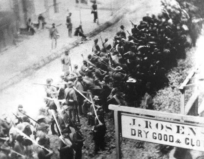Impressive Silent Killers From History (11 pics)