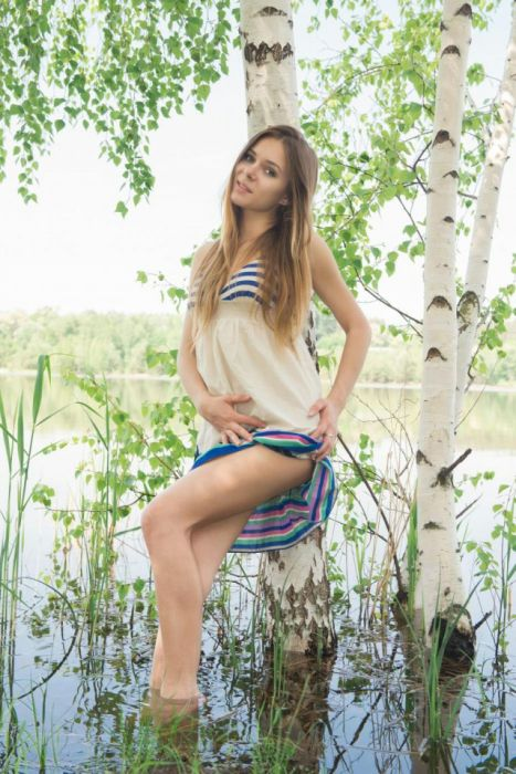 Gorgeous Russian Girls Are Impossible To Resist (45 pics)