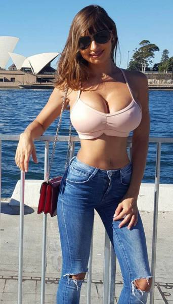 Lovely Ladies With Busty Chests Are A Mouthwatering Sight (57 pics)