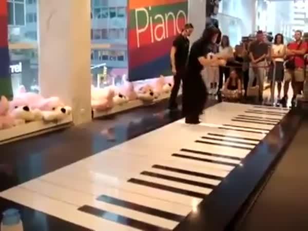 Amazing Piano Skills