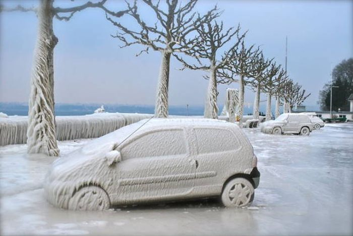 You Can't Deny The Beauty Of These Frozen Cars (50 pics)