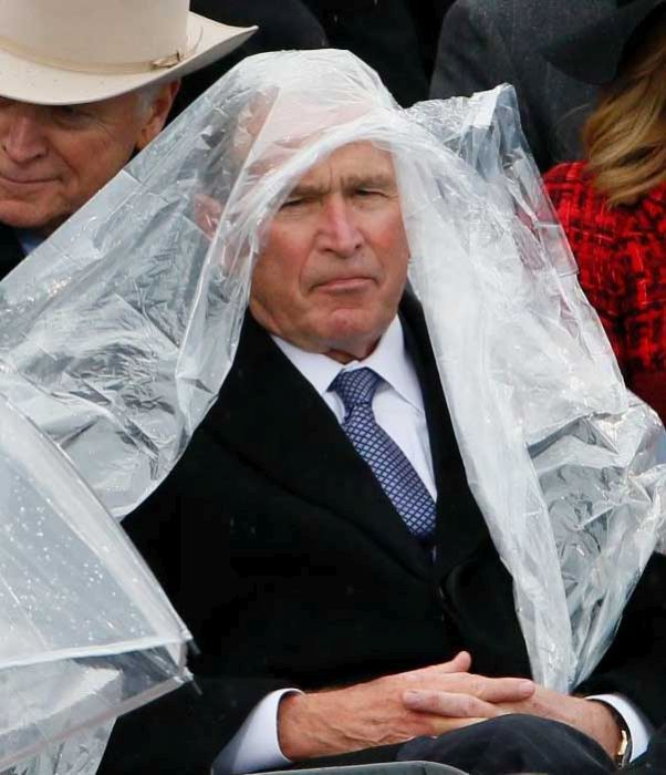George Bush Was The Star Of The Show At Donald Trump's Inauguration (4 pics)