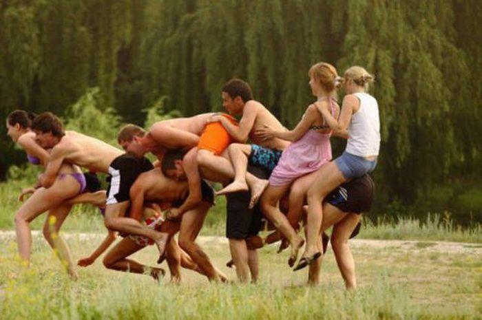 Russians Enjoying Life Outdoors (40 pics)