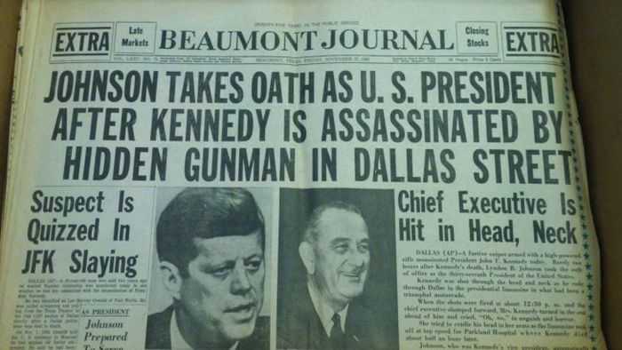 Cool And Influential Vintage Newspaper Headlines (18 pics)