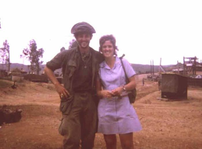 Throwback Photos From The Vietnam War (51 pics)