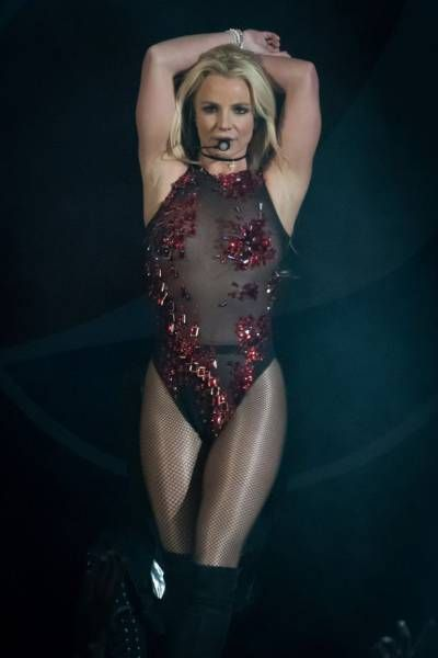 Britney Spears Is Looking Better Than Ever (16 pics)