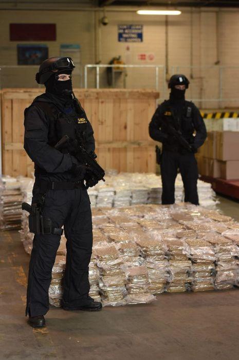 Irish Police Discover A Massive Marijuana Stash Hidden In Farm Equipment (6 pics)