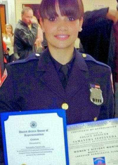 Samantha Sepulveda Is New York's Hottest Cop (13 pics)