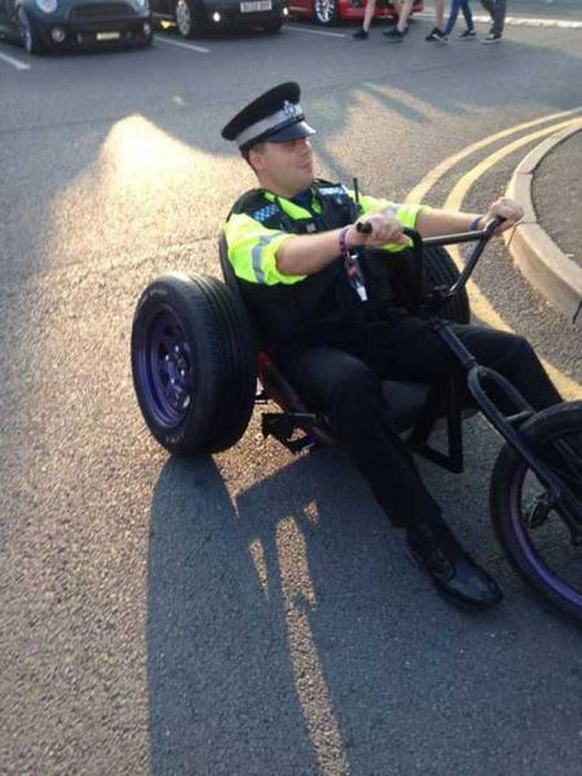 Fun Pictures That Will Restore Your Faith In Police (35 pics)